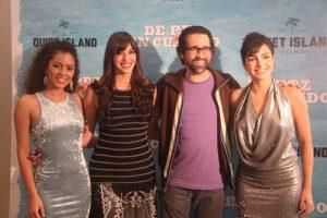 Camila Santana, Honey Estrella, Francisco Valdez (director de la película) e Itahisa Machado durante la Gala Premier. Foto: Fuente Externa.