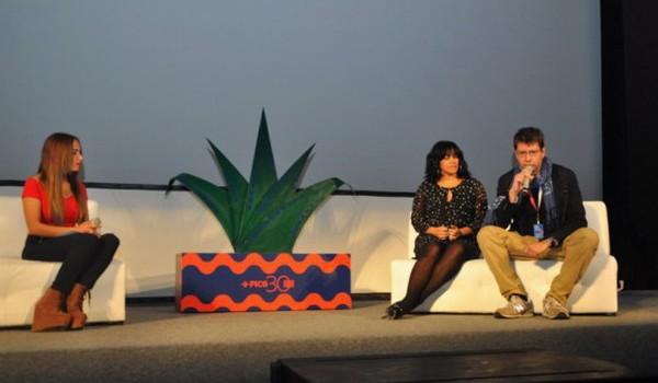 Celinés Toribio y Vicente Peñarrocha durante el encuentro con los periodistas en el Festival de Cine de Guadalajara. Foto: José Rafael Sosa