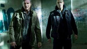 Liam Neeson  y Joel Kinnaman en una escena del filme. Foto: Warner Bros Picture