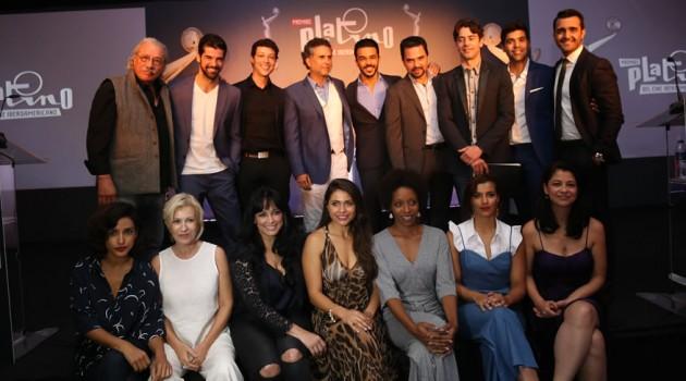 Actores y actrices iberoamericanos quienes fungieron como presentadores de las disitintas categorías de los premios Platino. Foto: Premios Platino