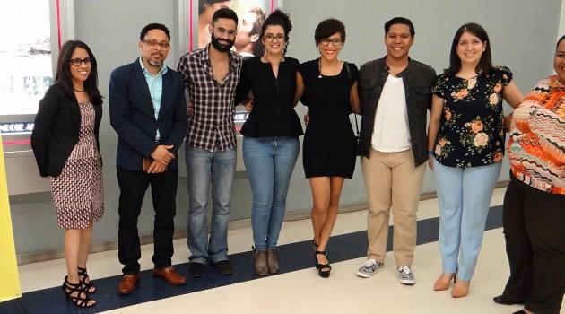 Profesores de la PUCMM junto a los realizadores de los cortos. Foto: José Rafael Sosa