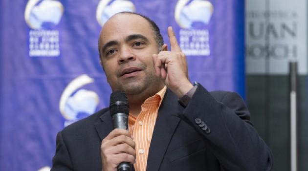 Omar-de-la-Cruz-Director-del-FCGD