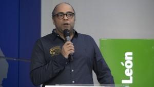 Omar de la Cruz, director del FCGD, manifestó su confianza en la nutrida cartelera que durante ocho días se exhibirá en Palacio del Cine Blue Mall. Foto: Fuente externa