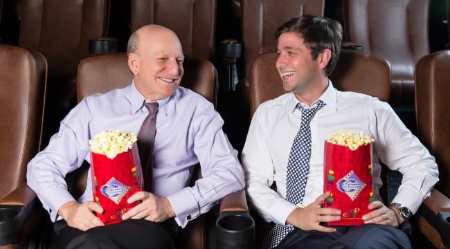 Robert Carrady, presidente de Caribbean Cinemas y Gregory Quinn, Managing Partner. Foto: Caribbean Cinemas.