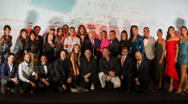 """Equipo y elenco principal de la comedia """"Los Leones"""". Foto: Fuente externa"""
