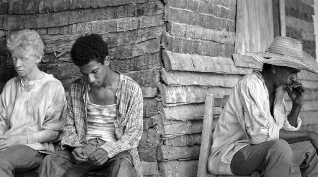 El largometraje de género drama y ficción, realizado en su totalidad en blanco y negro, tuvo un rodaje complejo dentro del mercado binacional de la localidad de Malpaso, Jimaní. Foto: Bou Group